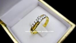 แหวนเพชรทรง RD045 น้ำหนักทอง 3.4 กรัม (ทอง90) น้ำหนักเพชรรวม 0.27 กะรัตคะ (น้ำ 97)