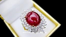 แหวนทับทิมพม่าเนื้อแก้ว หลังเบี้ยนูนสวยมาก ประดับเพชรสไตล์ Modern ทรง Ruby's Passion งานสั่งทำ เด๋วตามมาอัพสเปคให้นะจ๊ะ