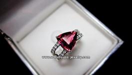 แหวนพิงค์ทูมารีนทรง Pink Bermuda ดีไซน์ เก๋ เด๋วมาอัพสเปคให้ค่ะ