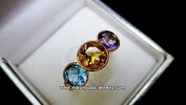 แหวนพลอย 3 สีทรง Light Shader : ซิทริน, อเมทิสต์, บลูโทพาส ไล่สีกันได้อย่างลงตัว